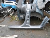 Порог левый со стойкой Volkswagen Touareg