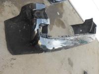 бампер задний TLC 200 (маленькая складка в районе противотуманки ,ремонтопригоден)
