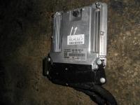 Блок управления  ДВС Audi A4B7 03G906016JD