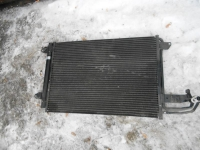 Радиатор кондиционера VW Golf V 1K0298403A