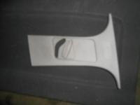 Деталь отделки центральной стойки Ford Focus 2