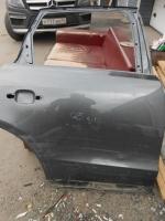 Дверь задняя правая Q5 (повреждения на фото)