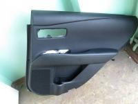 Обшивка задней правой двери RX 350