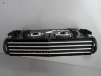 Дефлектор центральный в торпедо Astra H