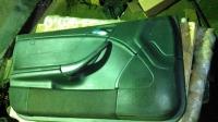 Обшивка левой двери W203 купе (кожа)