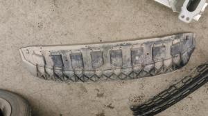 Пыльник грязевой Skoda Rapid 5JA807611