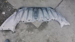 Пыльник грязевой Ford Focus 3 BM51-A8B384A
