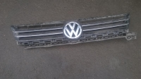 Решетка радиатора Volkswagen Touran 1Т0853653L
