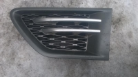 Решетка левого крыла Range Rover Sport